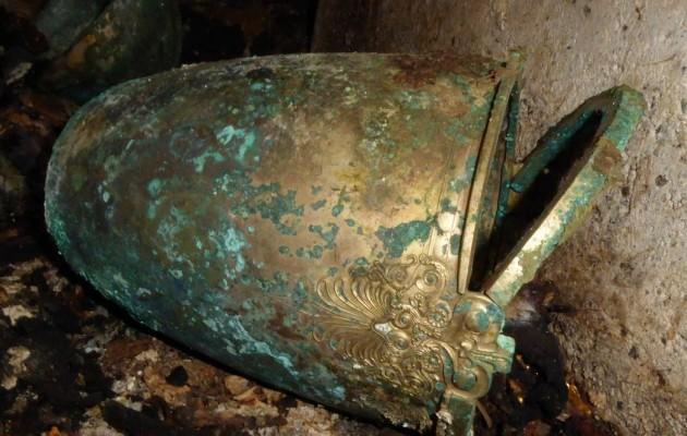Βεργίνα: Σημαντικά ευρήματα σε ασύλητο τάφο (φωτο)