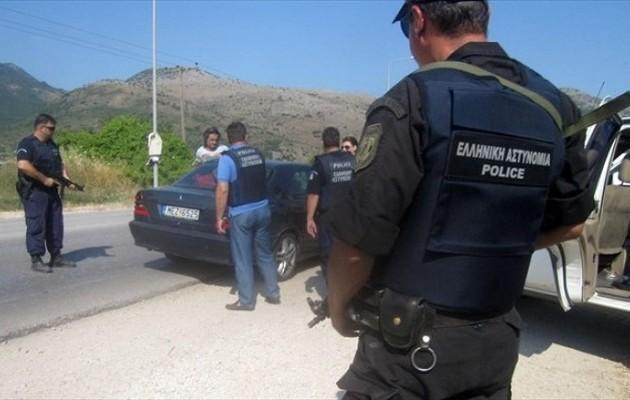 Συνελήφθησαν 44 μέλη ελληνοαλβανικής συμμορίας που διακινούσε μετανάστες και ναρκωτικά