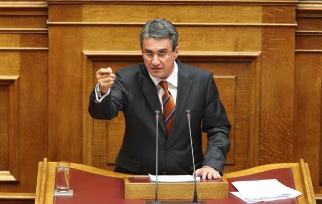 Λοβέρδος: Το ΚΙΝΑΛ υπερψηφίζει την πρόταση μομφής του ΣΥΡΙΖΑ κατά του Σταϊκούρα