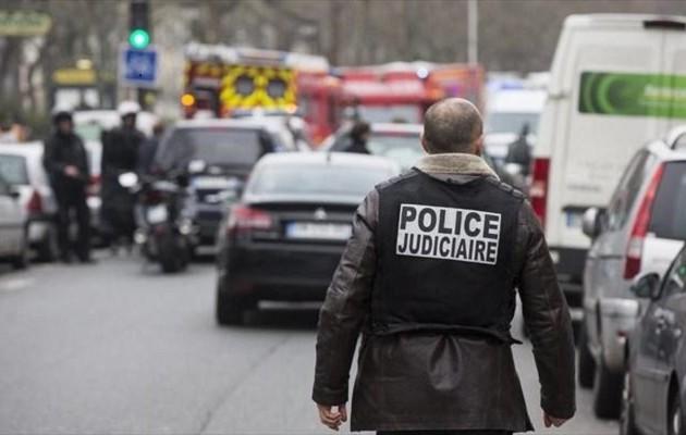 Παρίσι: Τραυματίες μία αστυνομικός και ένας δημοτικός υπάλληλος