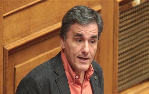 Τσακαλώτος: Η ΝΔ σπεκουλάρει εναντίον της χώρας – Δεν κόβονται οι συντάξεις