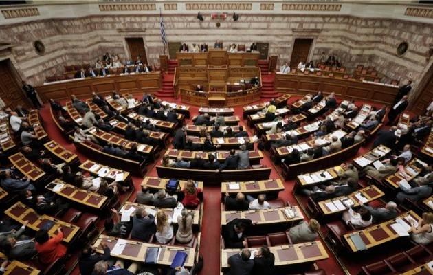 Η ΝΔ μιλάει για υπολειτουργία της Βουλής!