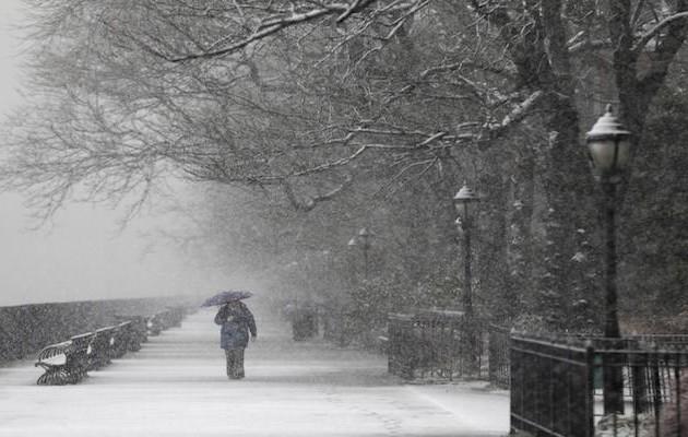 Τουλάχιστον 7 νεκροί από χιονοθύελλα που πλήττει τις ΗΠΑ