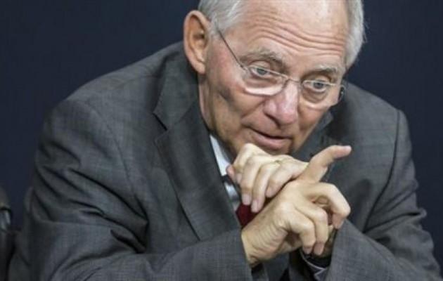 Σόιμπλε: Η Ελλάδα έκανε δομικές αλλαγές για να παραμείνει στο ευρώ