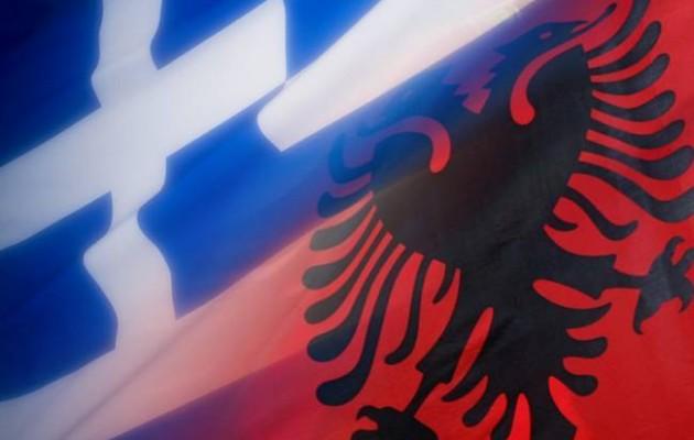 """Αλβανοί αποκτούσαν """"φαντάσματα"""" Έλληνες προγόνους"""