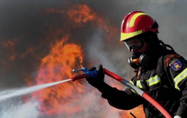 Κορινθία: Ιερέας κάηκε ζωντανός μέσα στο αυτοκίνητό του