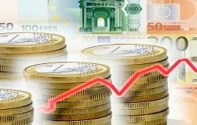 Handelsblatt: Η ελληνική οικονομία παραμένει σε κρίσιμη κατάσταση