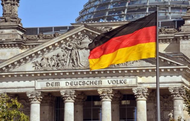 Αναποφάσιστοι το 50% των Γερμανών δύο εβδομάδες πριν τις εκλογές – Αιτία; Η απαξίωση των πολιτικών
