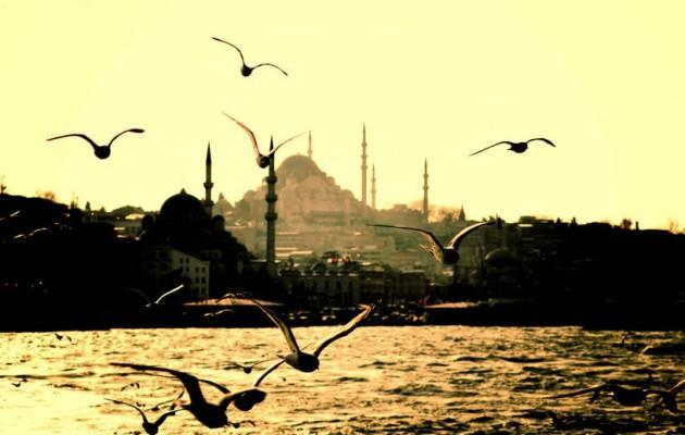 """Η Τουρκία """"φακελώνει"""" τους Έλληνες της Κωνσταντινούπολης"""