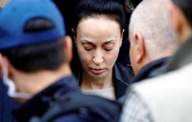 Παραδόθηκε η Βίκυ Σταμάτη στις Αρχές – Τη βρήκαν στο Χαϊδάρι