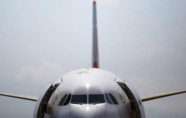 Μεθυσμένος ανάγκασε αεροπλάνο να προσγειωθεί στα… Χανιά