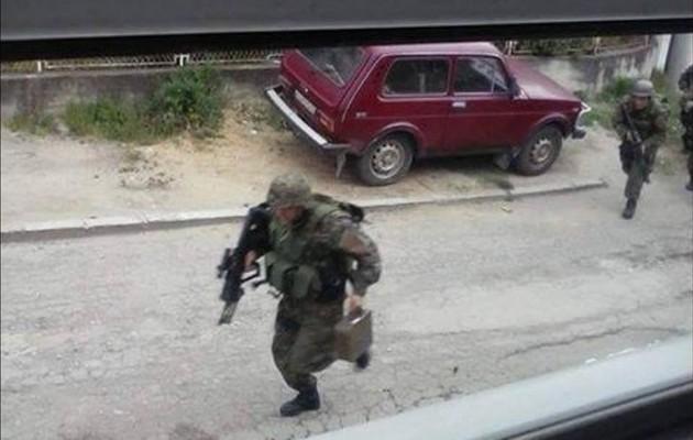 Άγριες μάχες μεταξύ Αλβανών και Σκοπιανών (βίντεο + φωτο)