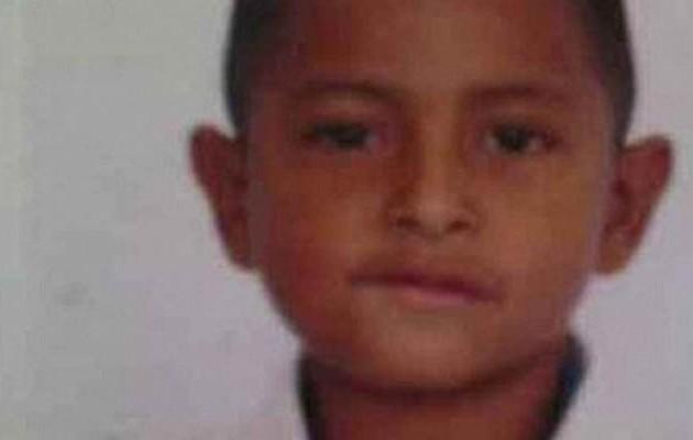 Φρίκη: Πέντε ανήλικοι λιθοβόλησαν, μαχαίρωσαν και πέταξαν σε τάφο 6χρονο! (φωτογραφίες)