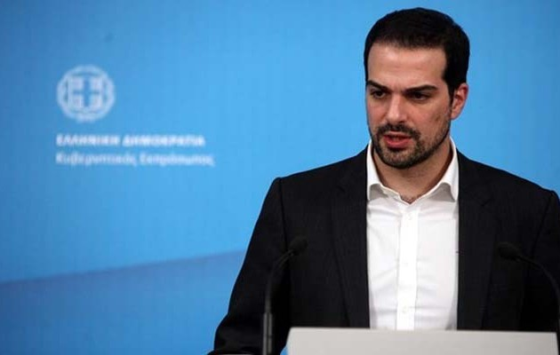 Σακελλαρίδης: Η κυβέρνηση αναμένει επίσημη απάντηση από τους θεσμούς