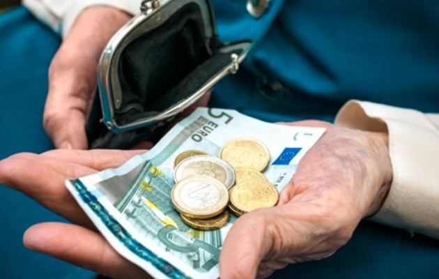 Το Φρικτό Δίλημμα: Με Ευρώ Χωρίς Συντάξεις ή Με Δραχμή και Συντάξεις