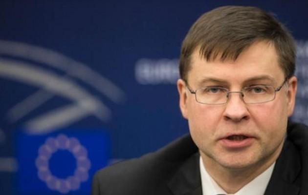 Ντομπρόβσκις: «Ενθαρρυντική και θετική» η έκθεση για την Ελλάδα