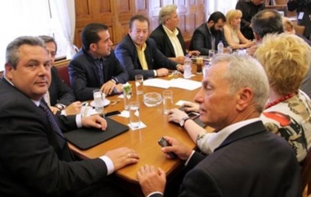 """Οι ΑΝΕΛ """"είδαν"""" την ανταρσία στον ΣΥΡΙΖΑ και ψήφισαν """"μπετόν αρμέ"""" το """"ναι"""""""