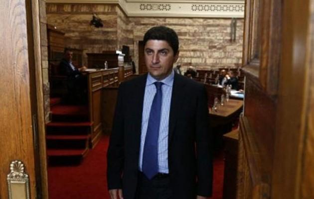 Kαταγγελίες Αυγενάκη για ύπαρξη υπουργού με offshore στην Κύπρο