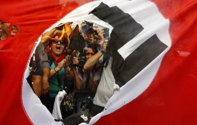 Στη Γερμανία χάνεται η λογική – Επικρατούν το μίσος και η πόλωση – Στο στόχαστρο δημοσιογράφοι
