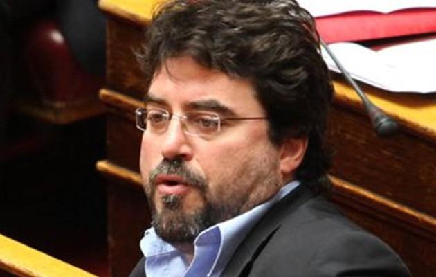 Σκληρή επίθεση ΣΥΡΙΖΑ: Να εξαφανιστεί από προσώπου γης ο «ψευτόμαγκας» Βασίλης Οικονόμου