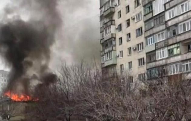 Φονικοί βομβαρδισμοί σε ελληνική κωμόπολη στην Μαριούπολη της Ουκρανίας