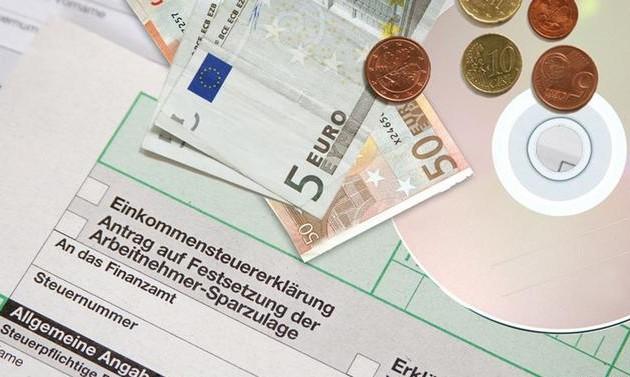 Οι Γερμανοί αγόρασαν έναντι 5 εκατ. ευρώ CD με υποθέσεις φοροδιαφυγής