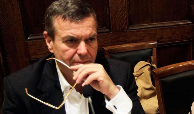 Πετρόπουλος: Οι μειώσεις συντάξεων στο Δημόσιο είναι 48% και στο ΙΚΑ 44%