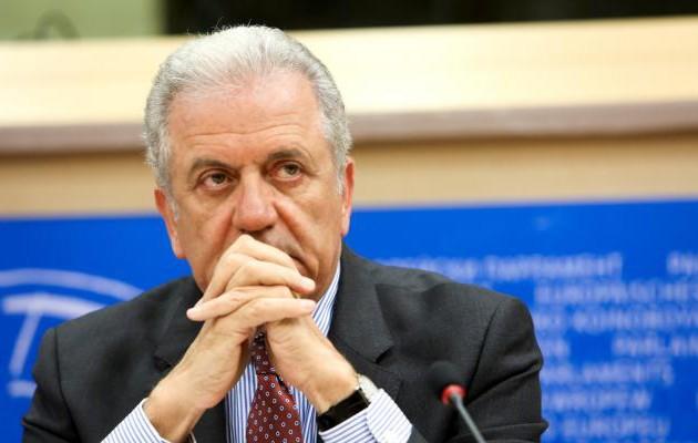 Ο Αβραμόπουλος ακύρωσε τη συμμετοχή του στο τουρκικό διπλωματικό φόρουμ