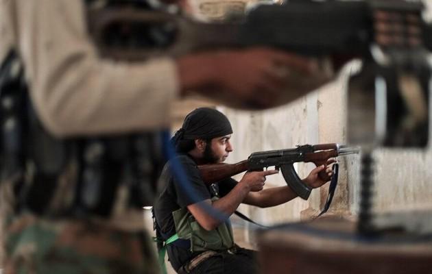Ισλαμικό Κράτος και Ταχρίρ Αλ Σαμ συγκρούστηκαν στη Β/Δ Συρία κοντά στα σύνορα με την Τουρκία
