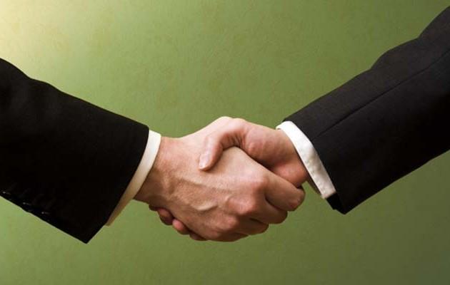 Συμφωνία μαμούθ ελληνικών ομίλων αλλάζει τα δεδομένα και φέρνει θέσεις εργασίας