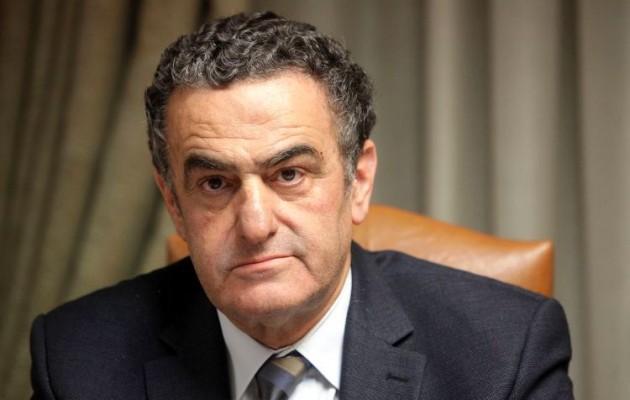 Documento: Αθανασίου, ο υπουργός που απελευθέρωσε έμπορο κόκας