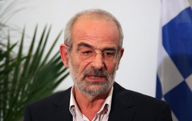 «Ρουκέτες» Αλαβάνου: Αυτή η κυβέρνηση να φύγει με πίσσα και πούπουλα