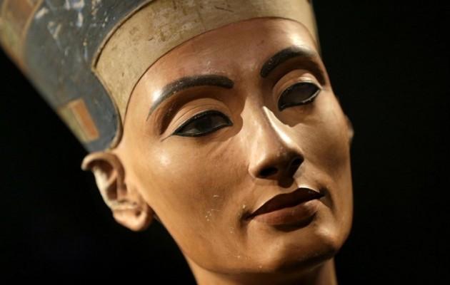 Μυστικός θάλαμος πίσω από τον τάφο του Τουταγχαμών ίσως να κρύβει τη Νεφερτίτη