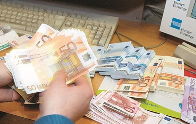 Ξεκινούν οι κατασχέσεις – Ποιοι κινδυνεύουν να χάσουν τα λεφτά τους