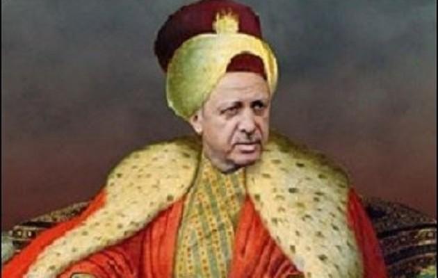 «Ξεφεύγουν» στην Τουρκία: Αποκαλούν τον Ερντογάν «προφήτη», σουλτάνο και θείο φως