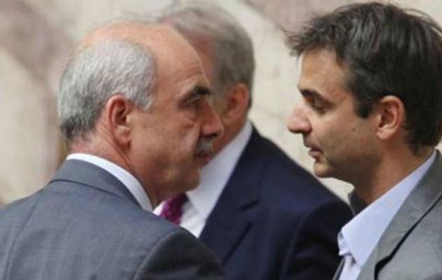 """Ο Μεϊμαράκης ανοίγει το δρόμο για τη """"μεγάλη έξοδο"""" των καραμανλικών"""