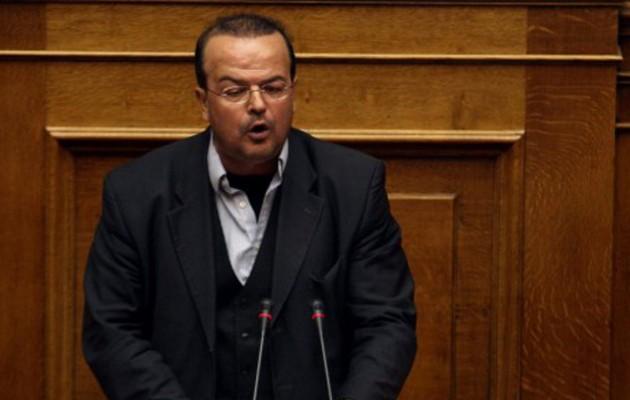 Τριανταφυλλίδης: Παριστάνουν τους τιμητές αυτοί που παρέδωσαν το 1993 τον όρο F.Y.R.O.MACEDONIA