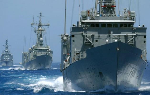 Τουρκικός στόλος στο Καστελόριζο – Ελληνοαιγυπτιακός στόλος στην Κάσο
