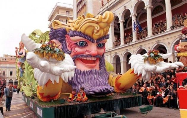 Σε καρναβαλικούς ρυθμούς η Πάτρα – Την Κυριακή η μεγάλη παρέλαση