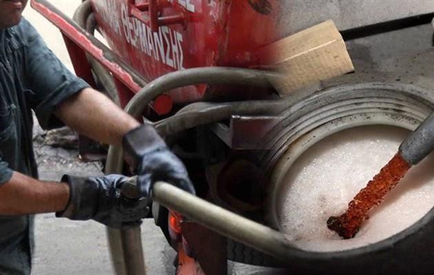 Στα ύψη το πετρέλαιο θέρμανσης – Οι πολίτες αγοράζουν ξύλα όπως επί Σαμαρά όταν καίγαμε ό,τι βρίσκαμε