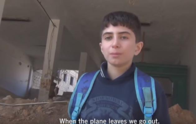 Δείτε πώς είναι η ζωή ενός παιδιού στη Συρία (βίντεο)