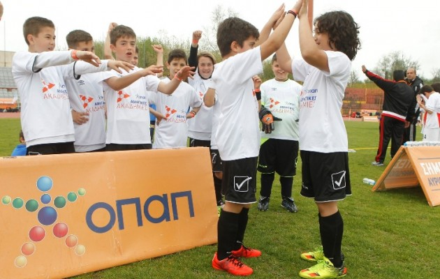 Μεγάλη γιορτή του αθλητισμού από την ΟΠΑΠ στη Λάρισα με τη συμμετοχή 860 παιδιών