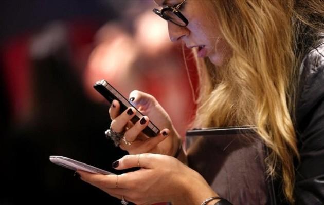 Από πότε οι καταναλωτές θα πληρώνουν φθηνά κινητά στην ΕΕ