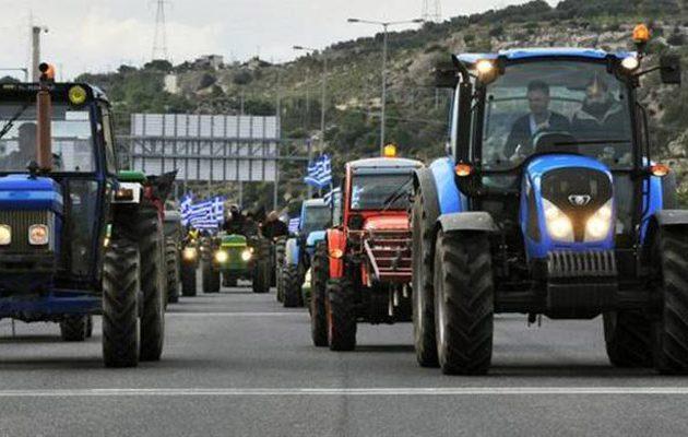 Το ΙΟΒΕ θέλει τέλη κυκλοφορίας στα τρακτέρ