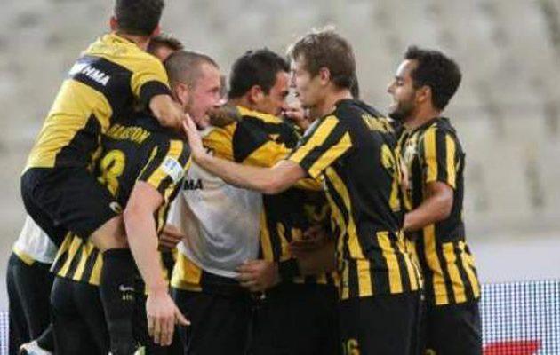 Kυπελλούχος στο ποδόσφαιρο η ΑΕΚ, κέρδισε 2-1 τον Ολυμπιακό