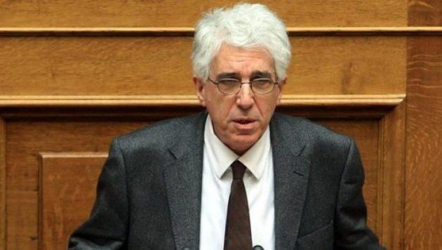 Τι απαντά ο Παρασκευόπουλος σε Σπυράκη για τα περί «τροποποίησης» του νόμου
