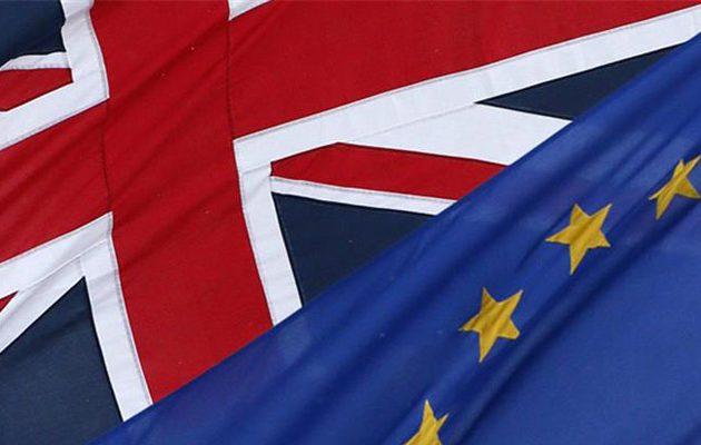 Δεν ψηφίζουν τη συμφωνία για το Brexit Συντηρητικοί και Εργατικοί