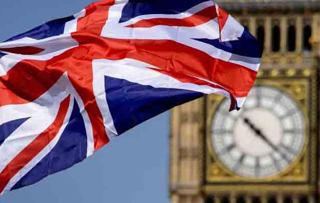 Η Βρετανία κλείνει τα σύνορα για ανειδίκευτους και όσους δεν μιλούν Αγγλικά