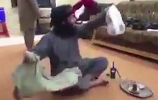 Βίντεο ΣΟΚ! Τζιχαντιστές κάνουν πλάκα ενώ βιάζεται μια γυναίκα (βίντεο)