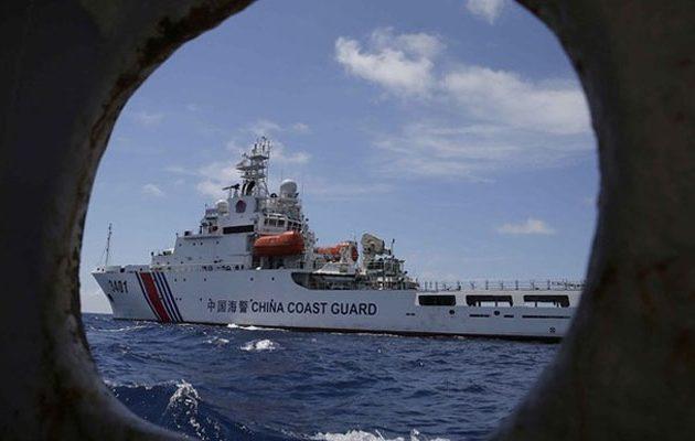 Δικαστικό «χαστούκι» στην Κίνα για τις διεκδικήσεις της στη Σινική Θάλασσα